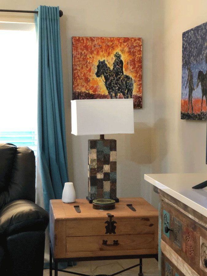 Picture of Western abstract paintings in western living room